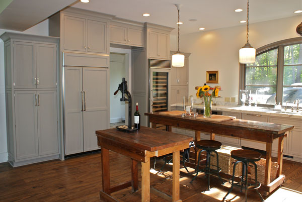 Carmel kitchen specialists for Kitchen cabinets zionsville